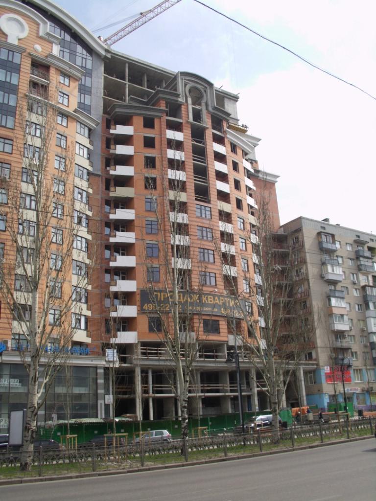 3 секция дома на б-ре Леси Украинки 7-9